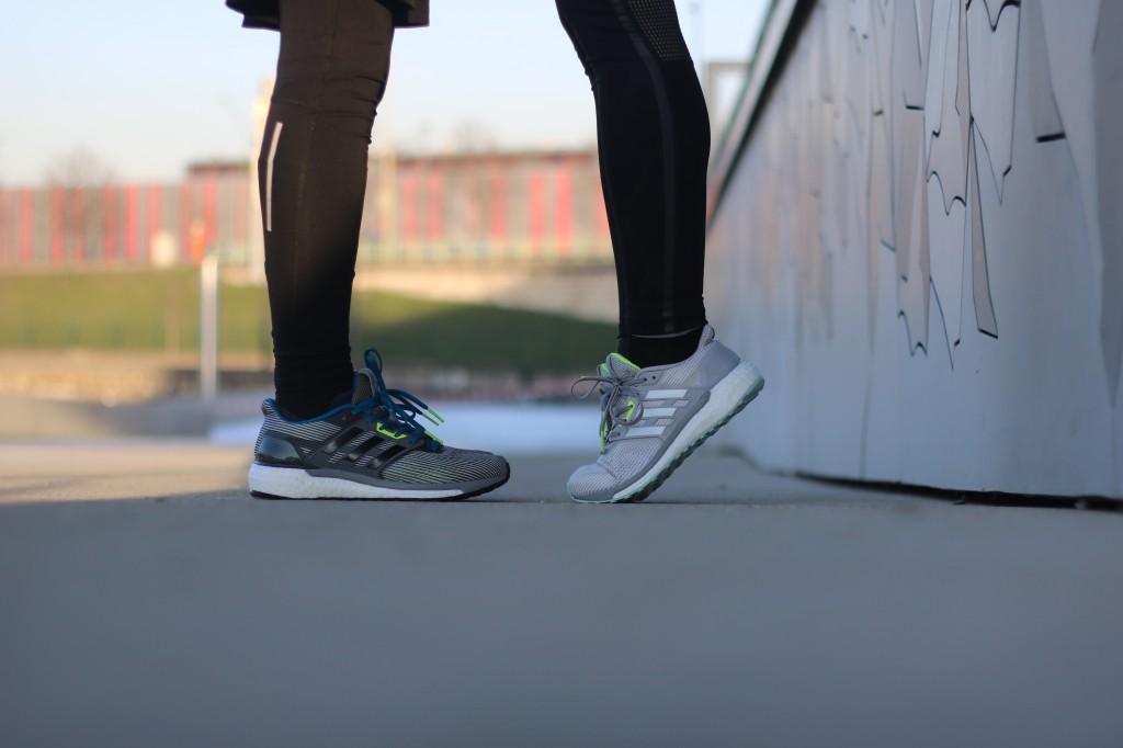 adidas running supernova chaussure run dynamique Couleur Vista Grey/Core Black/Unity Blue BA9933 Lgh Solid Grey/Footwear White/Medium Grey Heather Solid Grey BA9937