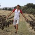 1-Fran--ois-D-Haene-trailer-et-viticulteur--sur-son-terrai