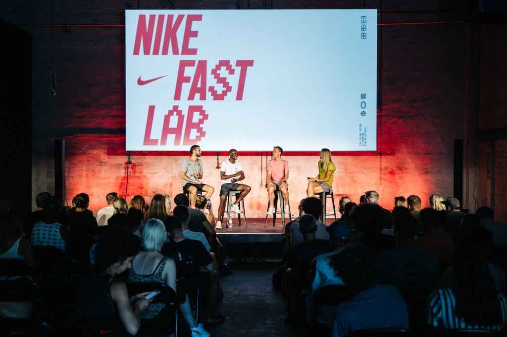 NIKE FAST LAB PEGASUS TURBO BERLIN RUNNING