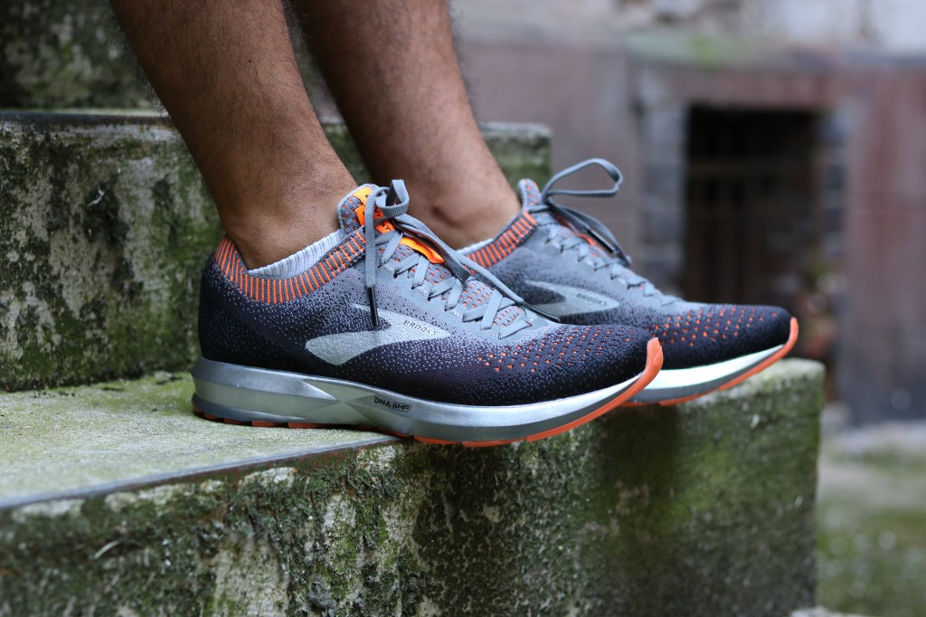 BROOKS LEVITATE 2 RUNNING DNA AMP KNIT