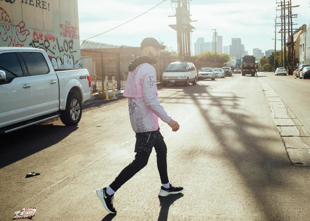 NATHAN BELL NIKE RUNNING
